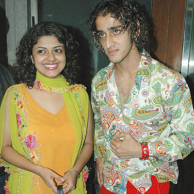 Qazi Tauqeer and Rooprekha Banerjee