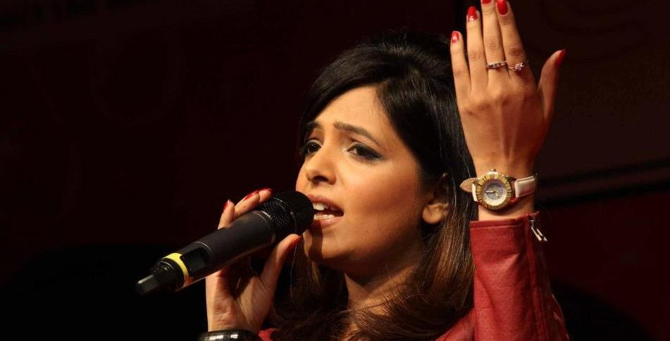 Sugandha Mishra performing for SAMAGAM at Kamani in New Delhi