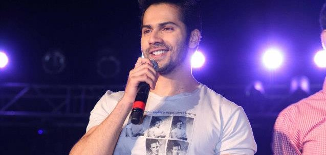 Varun Dhawan at SRCC,Delhi University to promote Student Of The Year Film